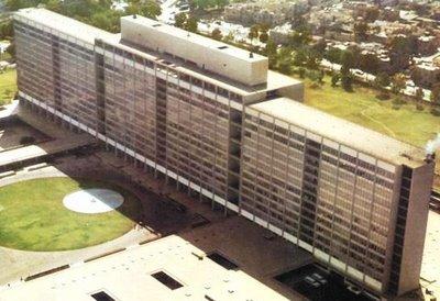 Arquitectura siglo xx la arquitectura peruana a trav s for Arquitectura del siglo 20